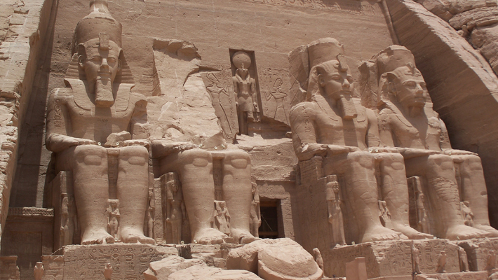 Abu_Simbel_Temple_May_30_2007