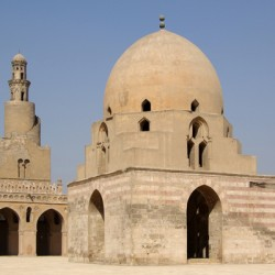 Kairo_Ibn_Tulun_Moschee_BW_5